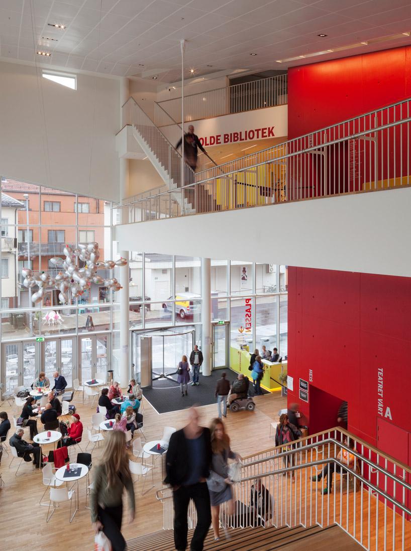 3XN cultural center plassen