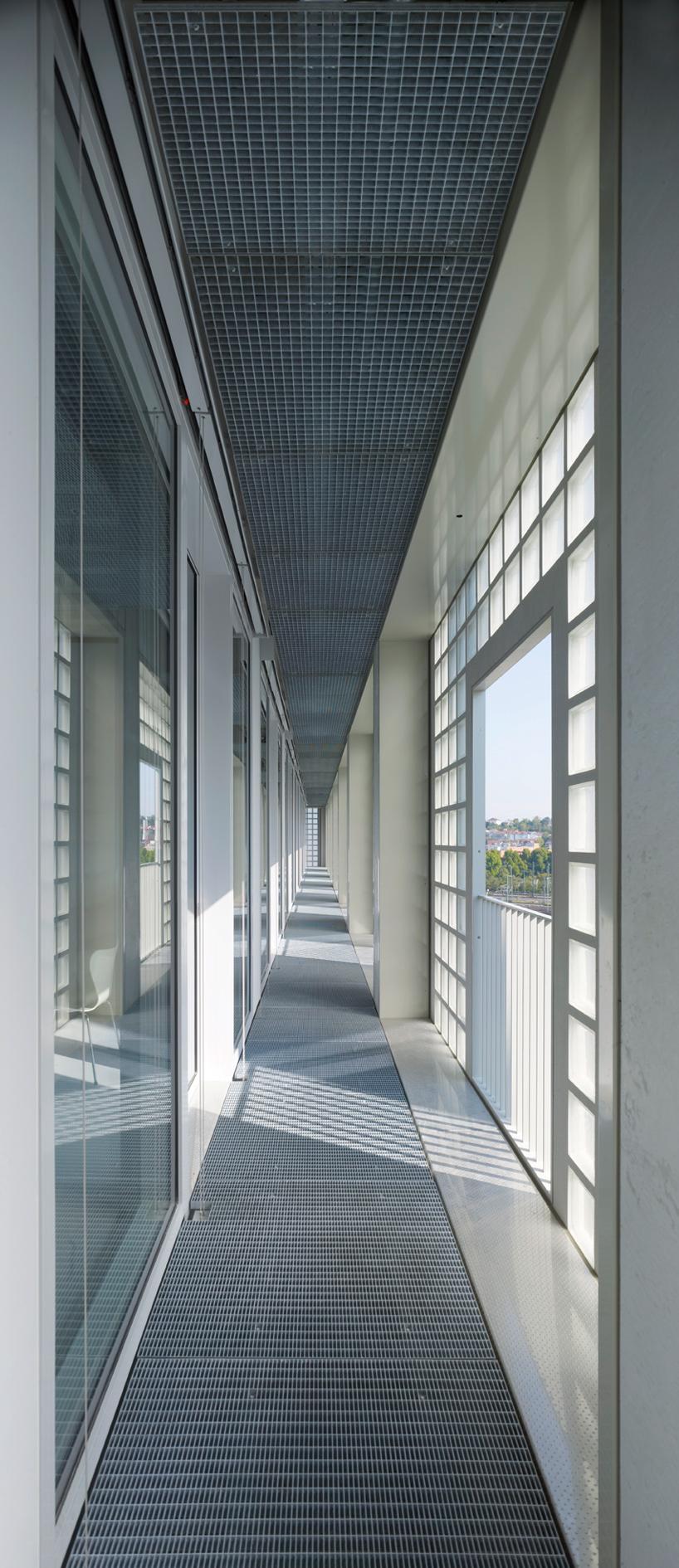 yi architects new stuttgart library