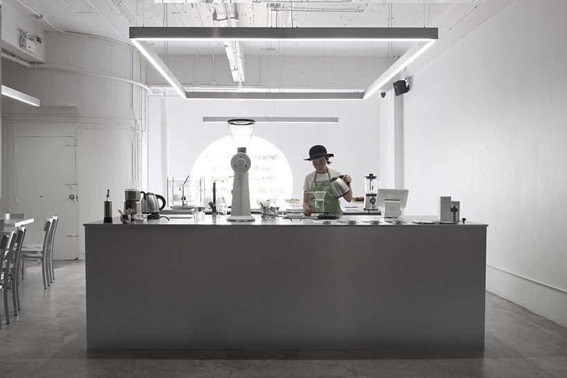 hand  heart caf in bangkok by party  space  design