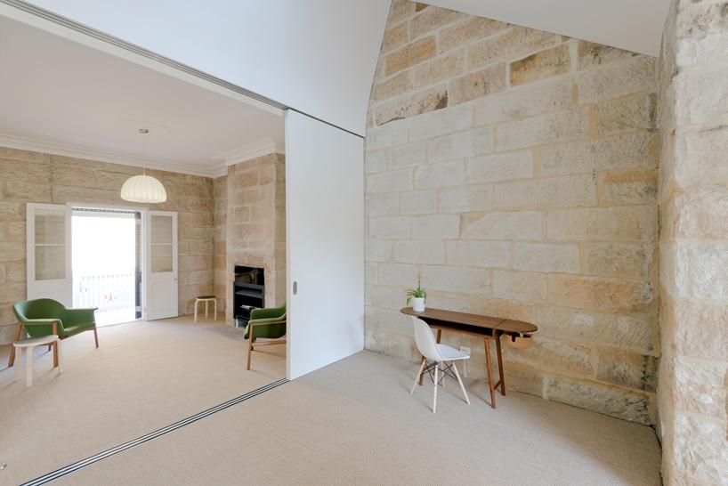 Carterwilliamson Architects Rejuvenates Sandstone Cottage
