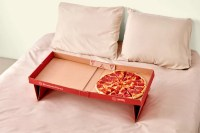 this pizza box turns into a tray for eating in bed