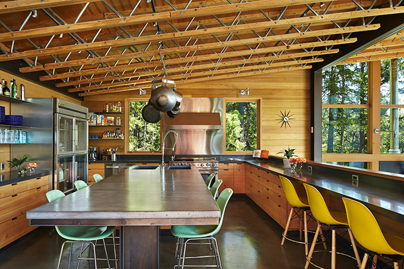 johnston architects combine work and play in cle elum lake