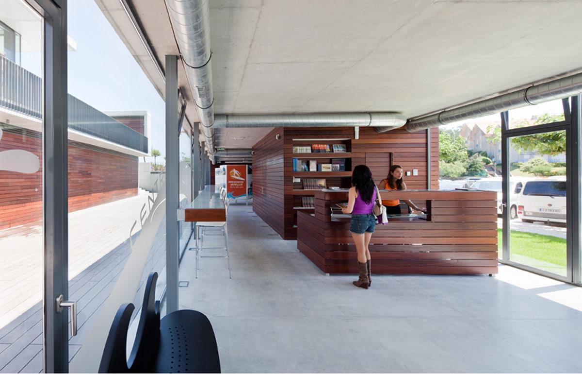romero soto architects el centro de surf de somo designboom