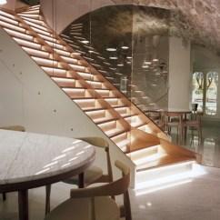 To Buy Sofa In London Madrid Barato Jaime Hayon: Le Sergent Recruteur Restaurant, Paris
