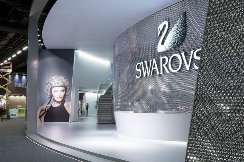 swarovski wings of sparkle installation by tokujin