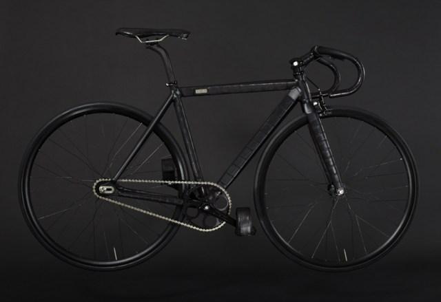 fixed gear bike by WLWC is wrapped in black crocodile skin