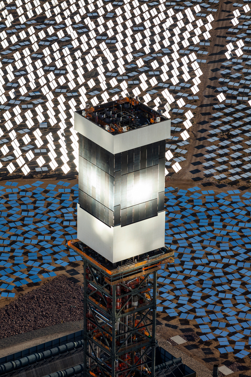 worlds largest solar thermal plant achieves commercial