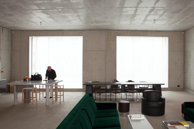 where architects live inside the homes of zaha hadid