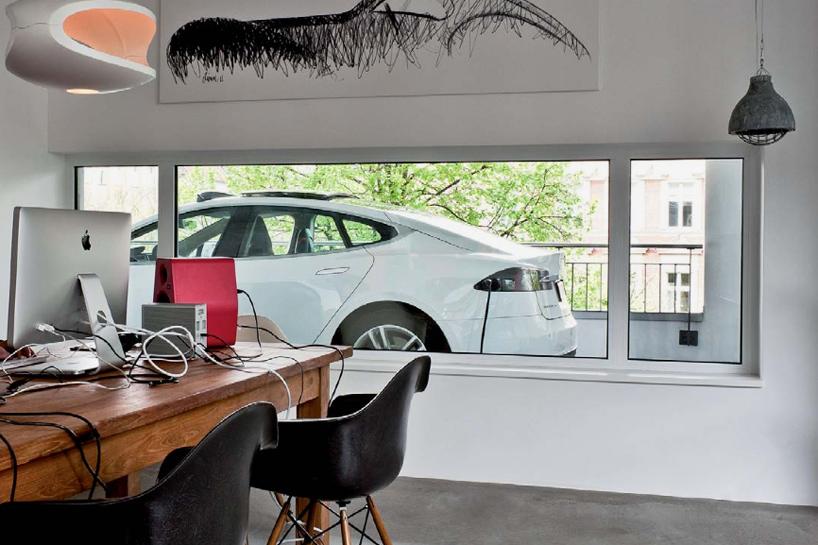 studio kippenbergers berlin apartment features an