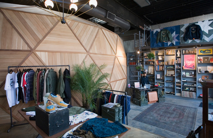 Berg Design Delineates Kinfolk Studios In Brooklyn With