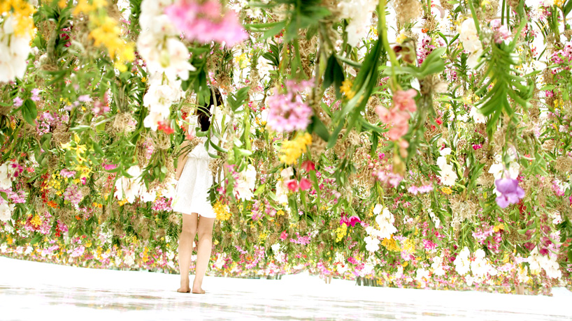 teamlab-floating-flower-garden-designboom-08