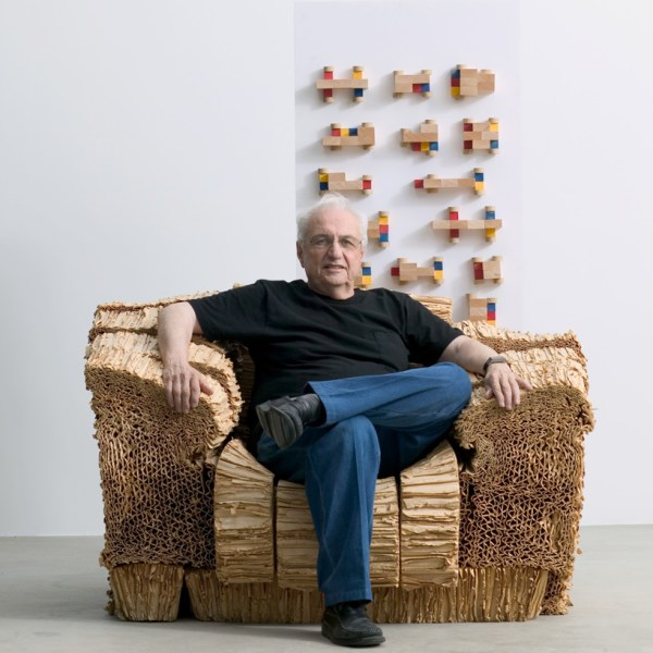 Tokyo' 21 Design Sight Host Frank Gehry Exhibition