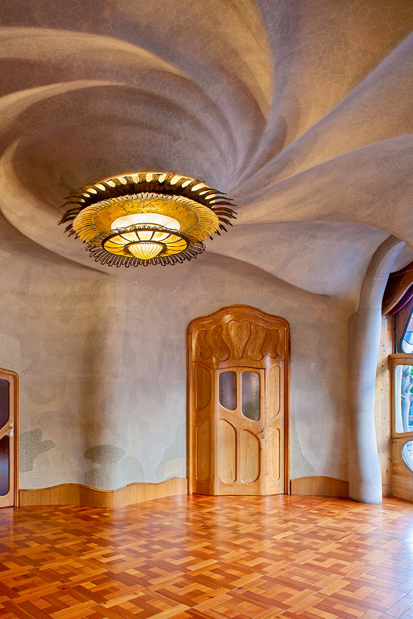 David Cardel 250 S Photographs Antoni Gaud 237 S Casa Batll 243 In