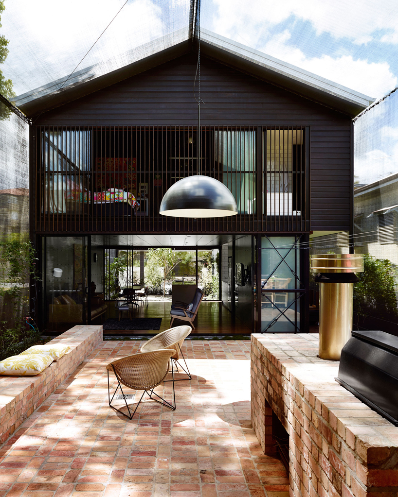 James Russell Protects Oxlade Drive House With Shade Cloth
