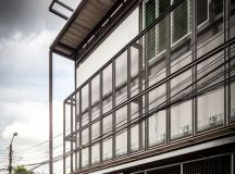 junsekino completes structural steel tinman house in bangkok