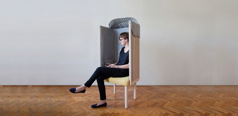 Agata Nowak - The offline chair 01