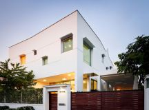 EKAR architects T-house residence