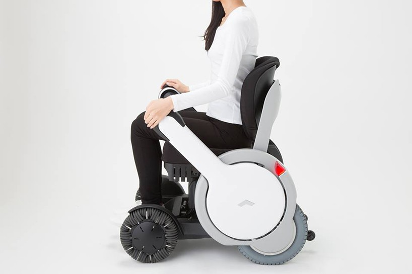 personal mobility device whill wins 2015 japan GOOD DESIGN