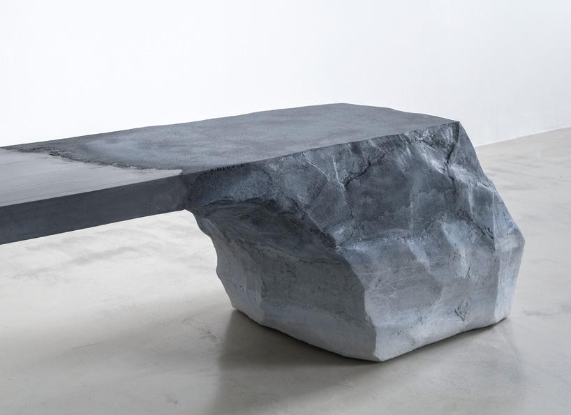 fernando mastrangelo presents sand  cement bench at art