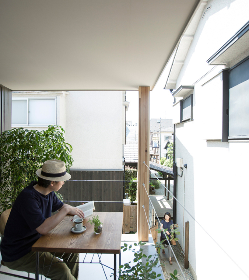 Furuya Design Lifts Upper Level Of Japanese House To Form