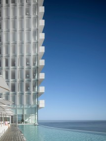Richard Meier Finalizes Seamarq Hotel In South Korea