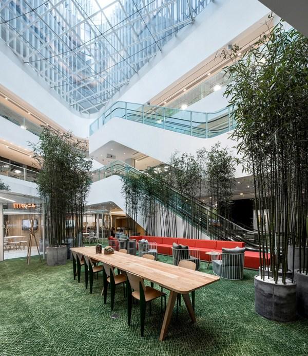 Aim Architecture Creates Vibrant Shared Office Soho 3q