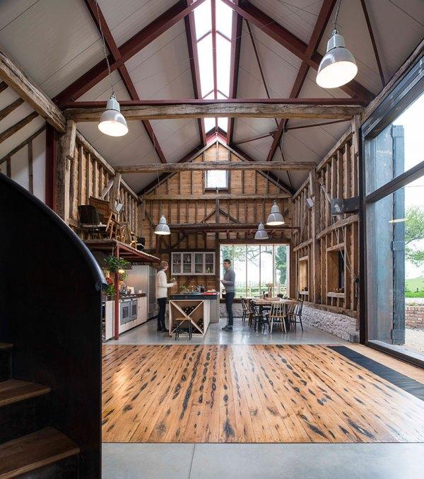 Liddicoat & Goldhill Restore Ancient Party Barn In England