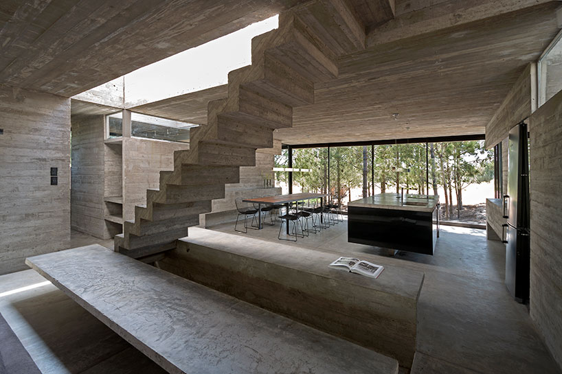 concrete casa l4 by luciano kruk enjoys oceanside living