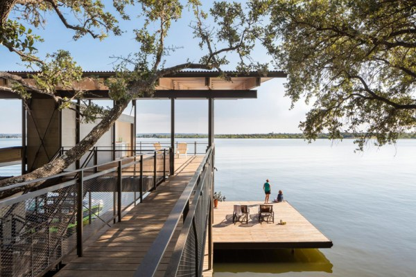 Blue Lake Retreat, Texas
