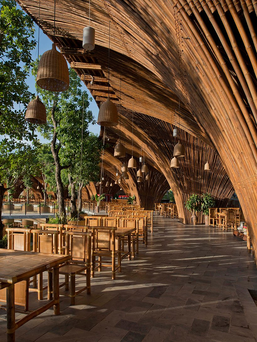 bamboo roc von restaurant by vo trong nghia architects