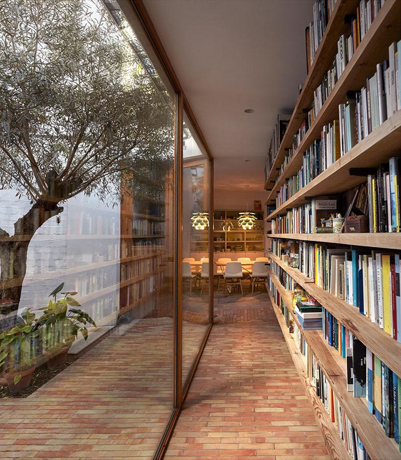gradoli  sanz architects casa ricart in valencia