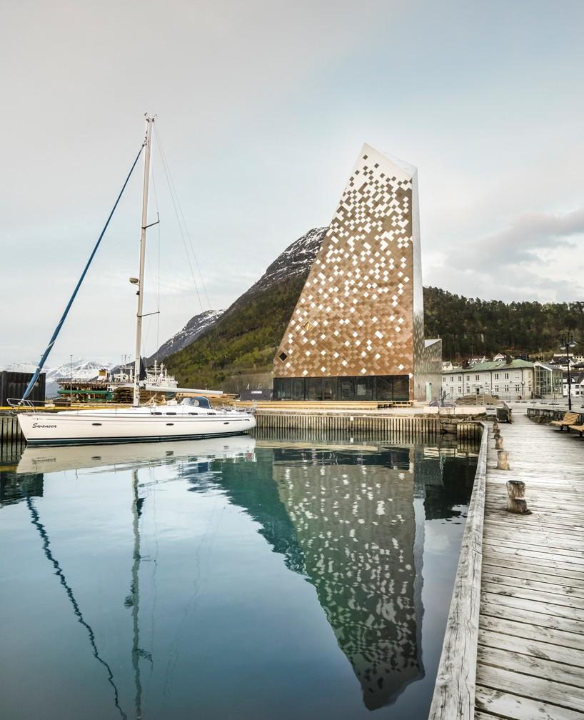 Reiulf Ramstad Completes Norwegian Mountaineering Center