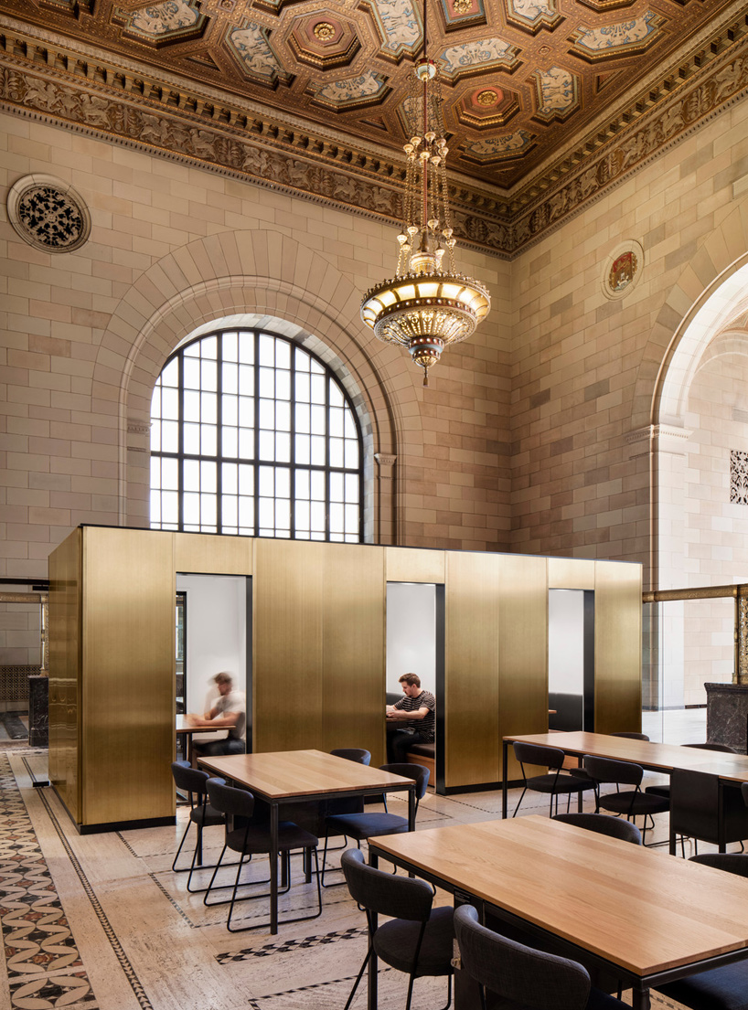 henri cleinge designs crew offices and cafe in montreal