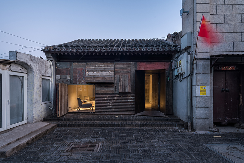 ZAOstandardarchitecture creates hostel within beijing hutong