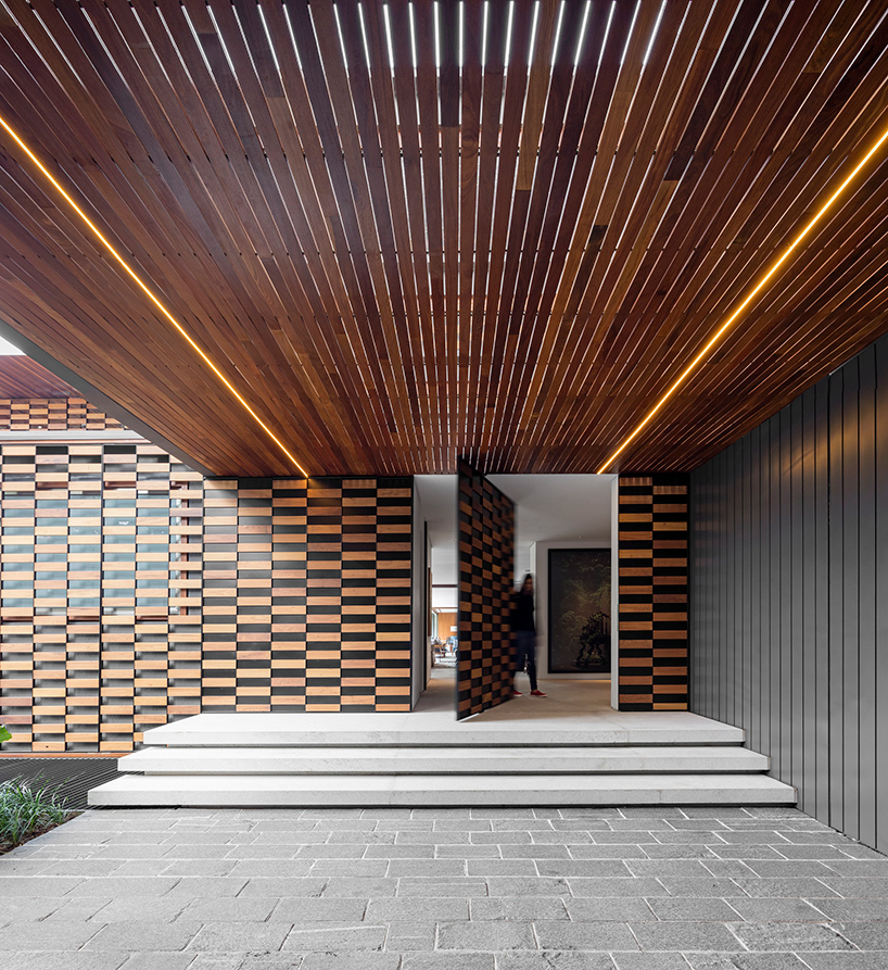 Jacobsen Arquitetura Builds Gaf House In S 227 O Paulo