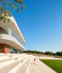 Gras Arquitectos Constructs Natural Stone Tennis Club In