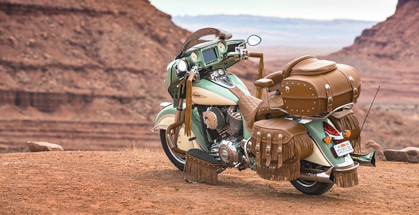 Girl Sprint Car Wallpaper Indian Motorcycle S Roadmaster Classic Gets The Full