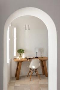 interior design laboratorium renovates scenic suites in ...