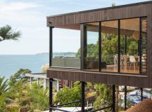 LTD architectural elevates duncansby road house in new zealand