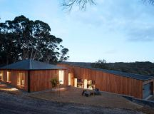 DESIGNBOOM: moloney architects' two halves house features ...