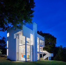 Richard Meier' Smith House Celebrates 50th Anniversary