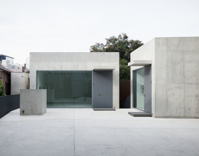 nobuo araki combines three concrete blocks into 'the mass