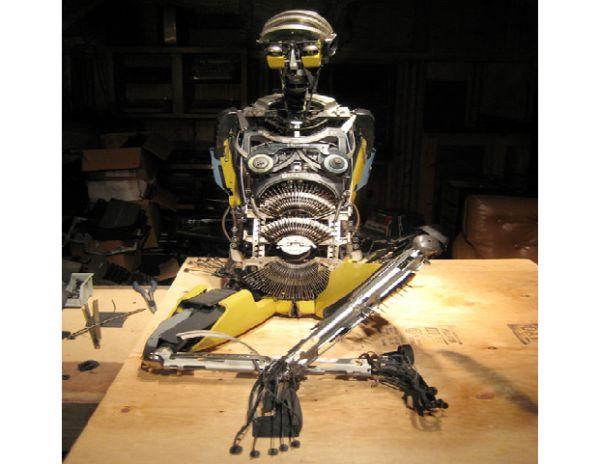 Jeremy Mayer'S Typewriter Robots