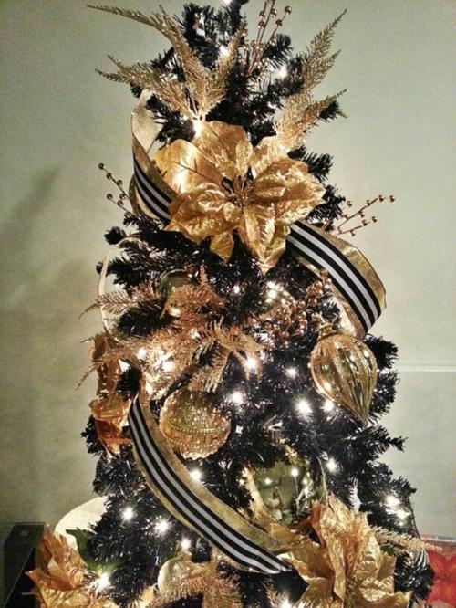 Idee decorazioni natalizie addobbi oro e nero  DesignBuzzit