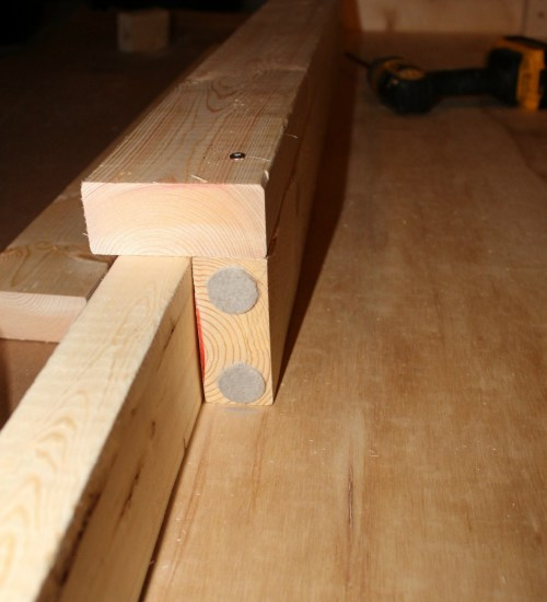 Super easy DIY workbench you can make in an afternoon