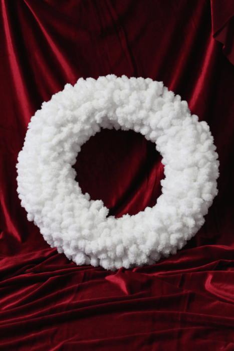 Super Easy, Super Cute Santa Christmas Wreath for your Door or anywhere indoors. Really easy project you can do in under an hour. Make one now! White wreath on red #Christmaswreath