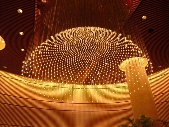 Best White Chandeliers For An Hotel Lobby