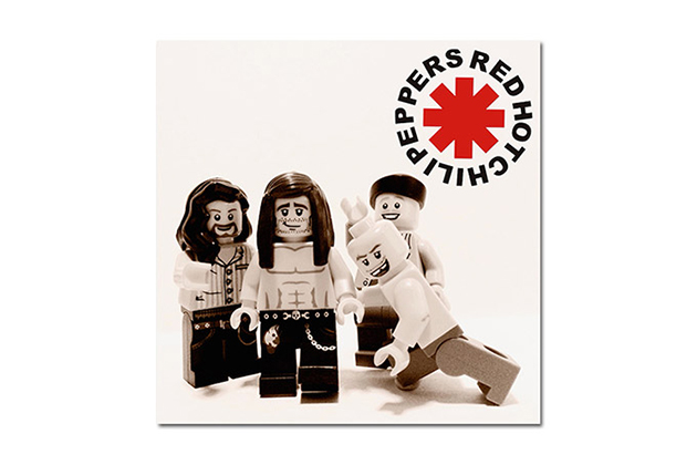 20-Famous-Bands-Recreated-in-LEGO-3