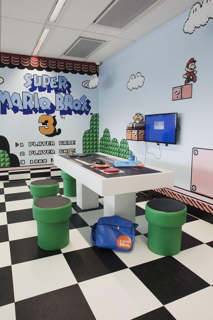Sala de reunião inspirada em Mario Bros