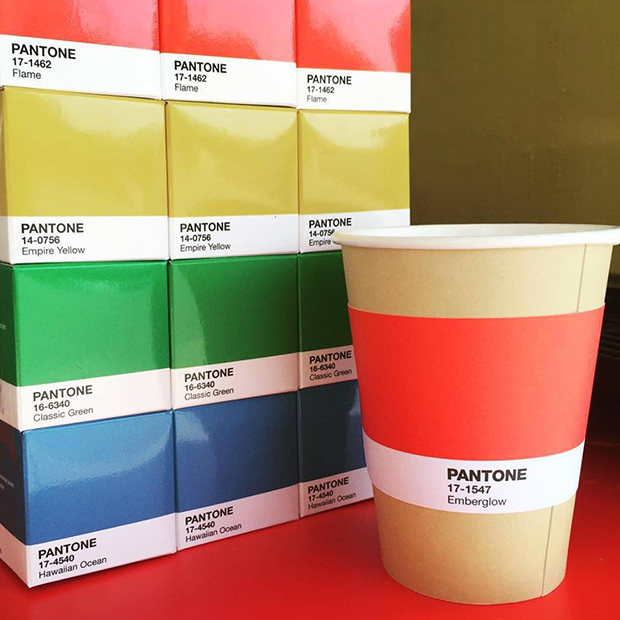 follow-the-colours-pantone-cafe-05